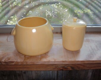 2 Pieces of Vintage Light Yellow Pottery Containers from the 60's