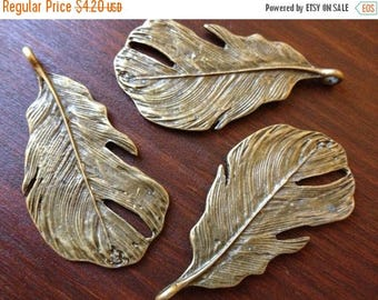 ON SALE 6 x Antique Brass Feathers Bronze Large Natural Feather Pendants