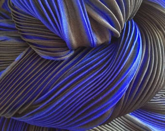 Shibori pleated silk scarf - Sapphire blue and slate green