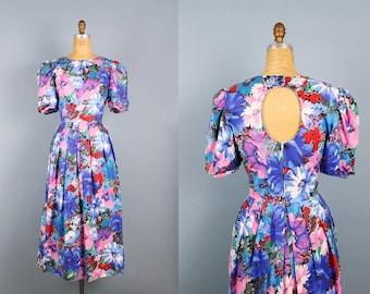 80s Hydrangea Dress / 50s Floral Dress / Pin up / Summer Dress/ Open Back Dress / Cotton Day Dress/  Size M/L