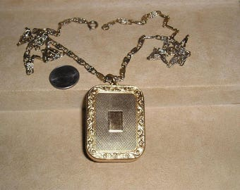 Vintage Signed Reuge Ste Croix Swiss Made Music Box Necklace Windup Whimsical 1950's Jewelry 11128