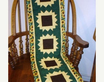 20 % off thru 8/20 SUNFLOWERS ON PARADE table runner pattern Summer August  Year two- pieced quilted