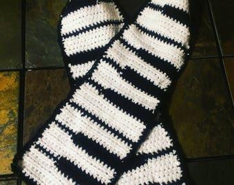 Crochet piano key scarf
