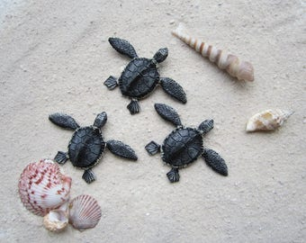 Turtle art, loggerhead turtles, turtle hatchlings, baby turtles