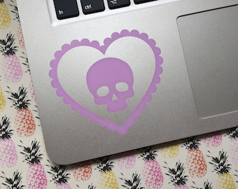 Pastel Macabre Love Hearts - Skull - Car decal, Laptop sticker, Spooky, Macabre, Gorey, Lolita, Spooky cute, Fairy Kei, Pastel Goth, Kawaii