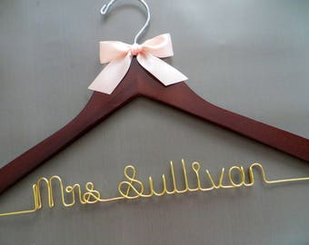 RUSH ORDER Wedding Dress Hanger with Bow, Gold Hanger, Personalized Hanger, Bride Hanger, Wedding Shower Gift, Wedding Hanger with Gold Wire