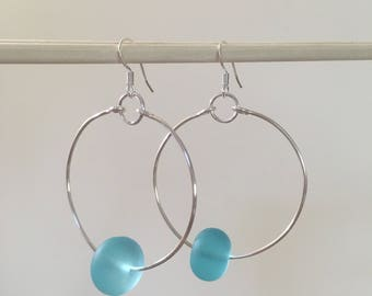 Seashell Jewelry ... Simple Blue Glass Hoop Earrings (1636)