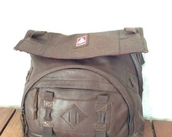 15% OFF3DAYSALE Rare Hard to Find Vintage Authentic Jan Sport Company Seattle Messenger Cross Body Bag in Brown Leather