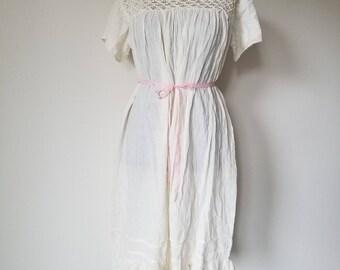 Vintage 1970's Cotton Muslin Mexican Peasant Blouse