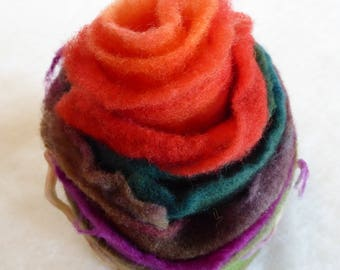 Hope Jacare Designs - Hand dyed pre felt edging pieces -  ER15