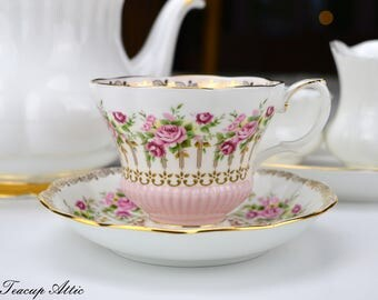 Royal Albert Vintage Green Park Series Pink Teacup And Saucer Set, English Bone China Tea Cup, Wedding Gift, Chelsea Shape, c. 1960-1970