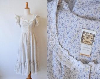 Vintage 1970's Gunne Sax Dress | Blue and White Floral Print Prairie Dress