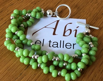 Braided bracelet on green beads/ perfect gift/baeded bracelet/ fashion bracelet