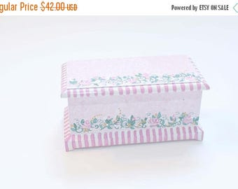 SPECIAL SALE Pink VICTORIAN Blanket Chest 1:12 Dollhouse Miniature Furniture Hand-Painted Roses Cottage Chic