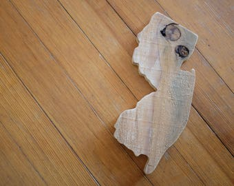 reclaimed pine jersey cutout