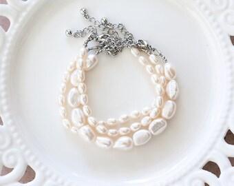 797  Freshwater pearls bracelet set, Natural white pearl bracelet, Bridal pearls bracelet, Jewelry set, Ivory bracelet set, Bridal jewelry.