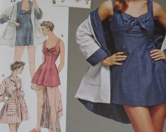 Pluss Size Vintage Style 1950's Bathing Dress with Beach Coat Simplicity Pattern 8139 Sizes 14-22