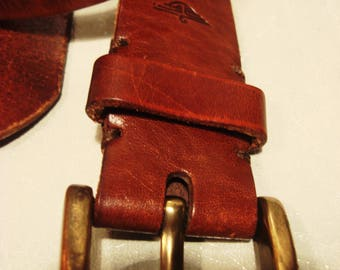 Vintage 1990s Red Tan Leather Dockers Belt With Gold Tone Buckle Unisex