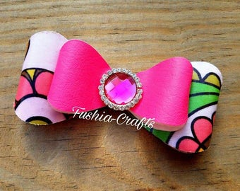 Boutique Bow, Pink Bow, Fancy Pink Hairbow, Beautiful Pink Bow, Vinyl Hairbow