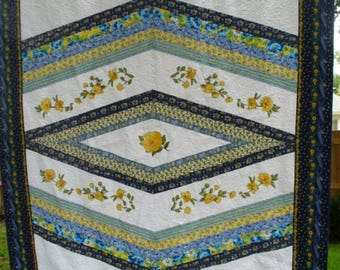 Yellow Rose full size/queen size quilt