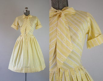 1950's Butter Yellow Day Dress with Necktie / Size Small Medium