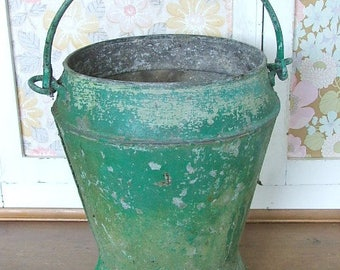 Old Galvanised Bucket with chippy Green paintwork, Vintage Bucket, Green Painted Bucket,