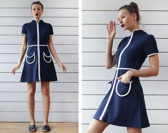 Mod vintage 60s navy blue white trim slim fitted front zip short sleeve pocketed short mini dress XS S