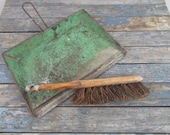 Metal Dust Pan and Brush, Green Kreamer Dustpan, Wood Brush, Dust Pan and Broom, Fireplace Decor, Outdoor Fire Pit