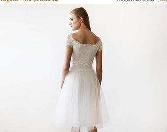 25% OFF Ivory Off-the-Shoulders Tulle & Lace Midi Short Sleeves Dress 1153