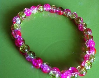 Bracelet pink and green cracked beads