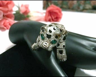 Attention Getting Cute Leopard Brooch - Can't  You See this Green Eyed Cat Pin on Your Shoulder ? - Pin-2539a-071817035
