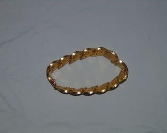 vintage goldtone bracelet 7 inches brushed hollywood glamor