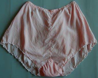 Vintage lingerie 1930's, Silk tap pants, small embroideries, light peach color