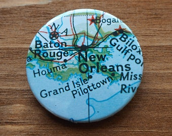 Pinback Button, New Orleans, Ø 1.5 Inch Badge, Atlas, Travel, vintage, fun, typography, whimsical