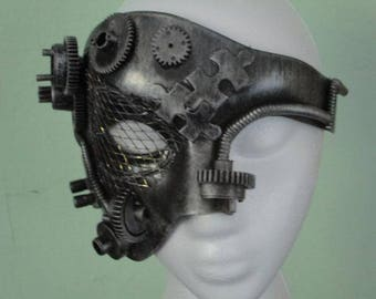 Steampunk mask which will fit either female or male.
