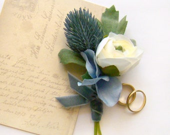 Mens Wedding Boutonniere, Grooms Boutonniere, Blue Thistle White Ranunculus Classic Wedding Flower French Blue Lapel Pin, Groomsmen Flower