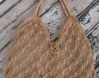 Summer Clearout 1970's Airy Vacation Tote// Farmers Market// Woven// Beach Bag