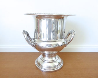 Fine quality Eales 1779 silverplate champagne bucket