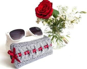 Glasses Case, Grey Reading Glasses Cozy, Gray Eyeglasses or Sunglasses Holder, Knit Glasses Case.