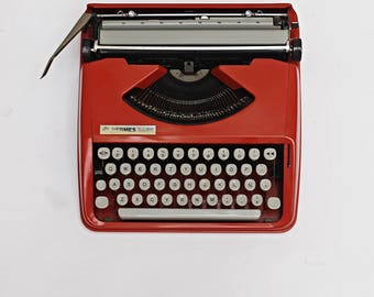 Hermes Baby portable typewriter - 3º edition - spanish keyboard - include back and red Ribbon