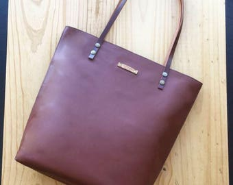 Brown Leather tote,chocolate leather bag,custom color inside,whit your name,custom color leather straps,handbag,Tote bag,minimalistic bag