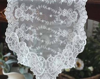 Handmade Wedding VTG Antique Handmade Table Runner,Embroidery&Lace 32x180cm