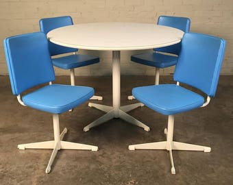 Brody Mid-Century Modern Dining / Kitchen Table With 4-Chairs - Saarinen Style - SHIPPING NOT INCLUDED