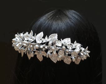 Silver wedding hair comb with cold porcelain flowers. Wedding comb. Silver flower comb. Bridal comb. Bridal hair style. Wedding headpiece.