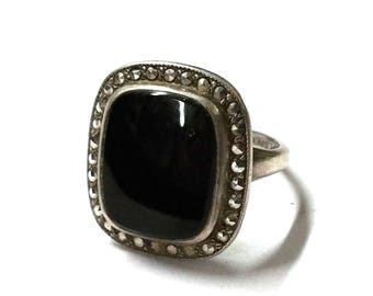 Sterling Silver Black Onyx and Marcasite Ring Size 4 1/2