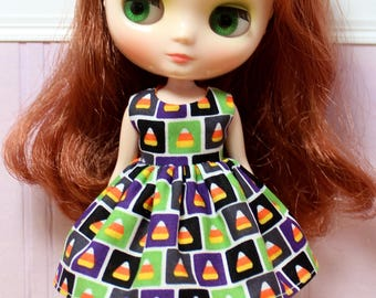 BLYTHE Middie doll Halloween party dress - candy corn squares