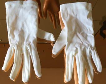 Vintage childs gloves in stretch nylon