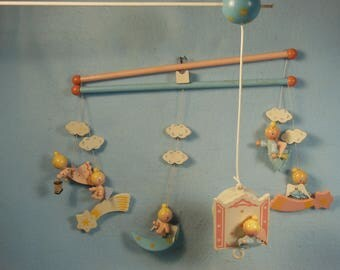 Vintage--Children-Nursery- Wooden Musical Crib Mobile-With Wooden Angels