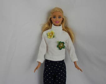 Turtle neck sweater with flowers  for Barbie doll
