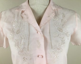 Beautiful Vintage Embroidered Pink Pajama Top from Fedo; Size Medium 60's Ladies' Pajama